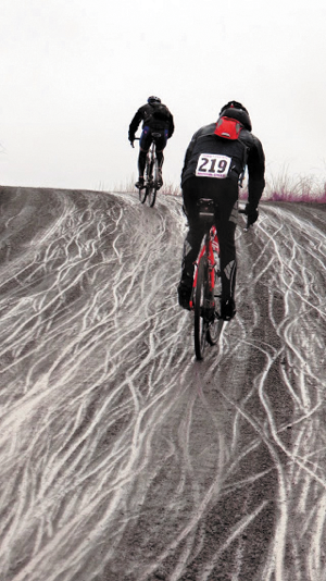 Riders faced miserable conditions in Ephrata on  March 15, 2015. Photo courtesy of Vicious Cycle / Chance Flanigan